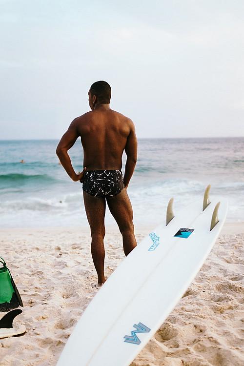 Kay Fochtmann - Brasilien - Rio de Janeiro - Praia - Surfer - Portrait - travel photography