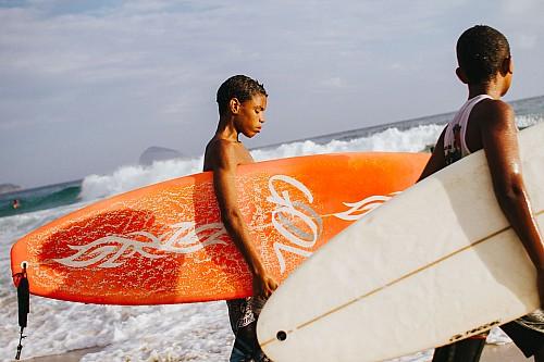 Kay Fochtmann - Brasilien - Rio de Janeiro - Praia - Surfer - travel photography