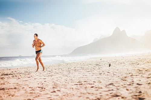 Kay Fochtmann - Brasilien - Rio de Janeiro - Strand - jogging - lifestyle photography