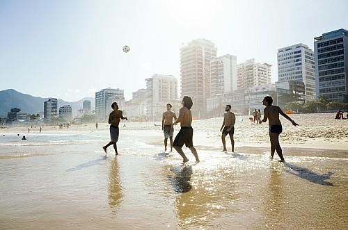 Kay Fochtmann - Brasilien - Rio de Janeiro - Strand - soccer - Fußball - lifestyle photography