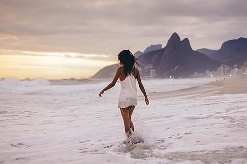 Kay Fochtmann - Brasilien - Rio de Janeiro - frau - beach - ipanema - travel photography