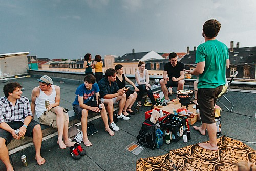 Kay Fochtmann - Deutschland - Leipzig - rooftop - barbecue - lifestyle photography