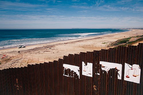 Kay Fochtmann - Mexico - tijuana - border - travel photography