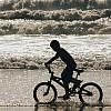 Kay Fochtmann - Mexico - tijuana - waves - boy - travel photography