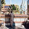 Kay Fochtmann - Thailand - Bangkok - Wat Pho - buddhism - worker - travel photography