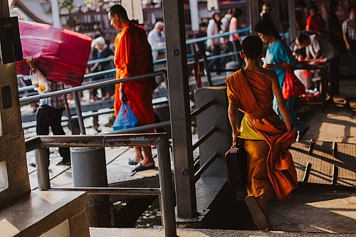Kay Fochtmann - Thailand - Bangkok - monks - mönche - travel photography