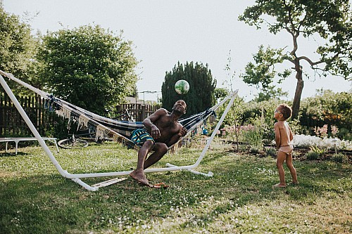 Kay Fochtmann - hammock - father - son - family - lifestyle photography