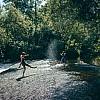 Kay Fochtmann - river - fluss - friends - freunde - lifestyle photography