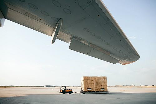 Kay-Fochtmann-Deutschland-Flughafen-airport-cargo