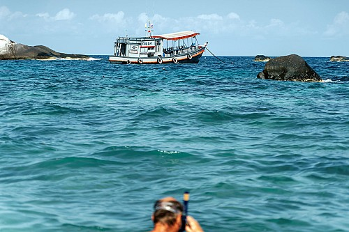 Kay-Fochtmann-Thailand-Wellen-waves-boat-tourist-Ocean-Sea