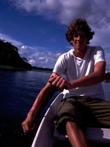 Glücklich auf dem Rio Negro in Amazonien.